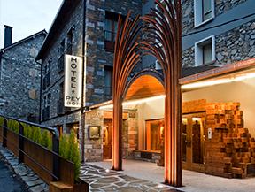 Hotel i Hostal PEY