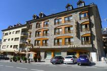 Hotel Restaurant Les Brases.