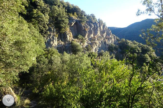 Beget i Rocabruna per camins de contrabandistes 1
