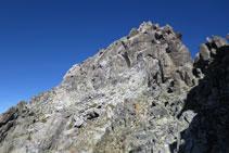 Una de les agulles que trobem enmig de la cresta.
