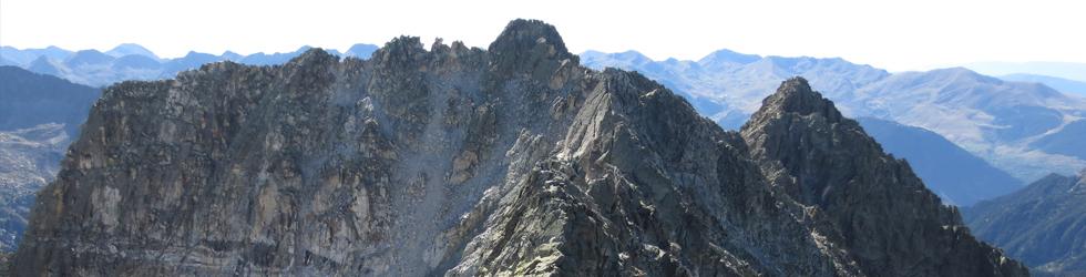 Besiberri Sud (3.024m) i Comaloforno (3.029m) pels estanys de Gémena