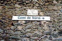 Indicacions del Camí Vell de Queralbs a Núria.