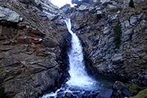 L´espectacular cascada de la Cua de Cavall.