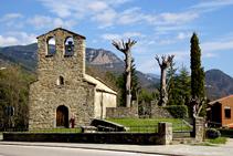Ermita romànica de Santa Creu dels Ollers.