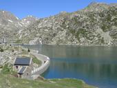 Estany Gento pel camí de la canal de Pigolo
