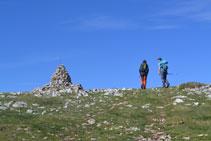 Fita al cim del Cap de Boumort.