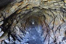 Interior d´un dels túnels.