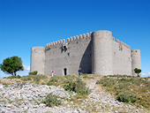 Castell del Montgrí i zona d´interès natural de les Dunes
