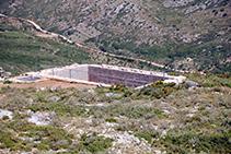Antiga cisterna de l´inacabat castell del Montgrí.