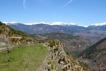 Vistes del nord de la Cerdanya des del castell del Quer.