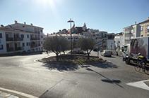 Rotonda a l´entrada de Cadaqués.