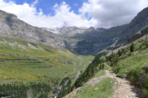 Les vistes de la vall d´Ordesa des de la Faixa de Pelai són impressionants.