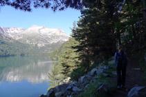Anem rodejant el llac d´Orédon.