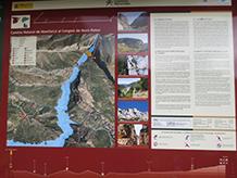 Panell interpretatiu del camí de Montfalcó.