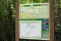Un panell informatiu ens dona informació de la zona.