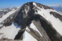 Vista de la cresta fins al Posets.