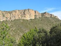 """Boniques parets a la nostra esquerra, """"Els Serrats de Goberra""""."""