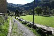 Voregem l´església en direcció al riu Noguera de Tor.