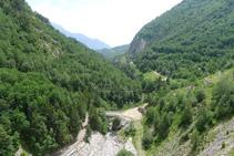 La vall (S) des de la presa.