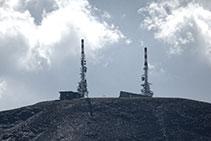 Les dues torres de telecomunicacions de la Torreta de l´Orri.