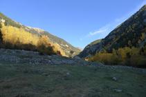 Vistes de la vall de Madriu (E).