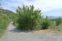Collada de Mentui, creuament de pistes i camins.