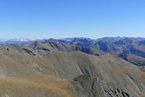 Les muntanyes de la vall de Ransol des del pic de l´Estanyó.
