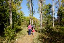 El recorregut és senzill i molt agradable per a fer amb la família.