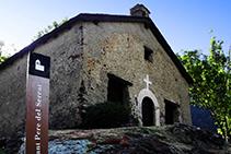 Església de Sant Pere del Serrat.