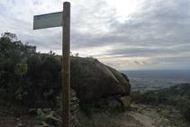 Trencall de l´itinerari E (Itinerari megalític de la Sureda).