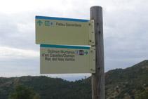 Deixem un moment el camí principal per visitar el dolmen de la Muntanya d´en Caselles.