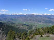 D´esquerra a dreta: el pic Monturull (2.760m), la Tossa Plana (2.904m) i la Carabassa (2.713m).