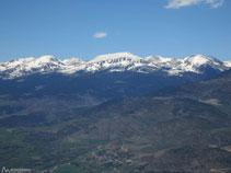 La Tossa Plana (2.904m), al N.