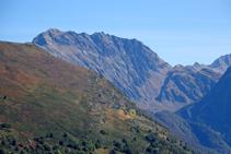 Tuc de Crabèra i Tuc de Canejan a la vall de Toran.