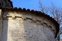 Detall de l´absis de Sant Andreu del Coll.