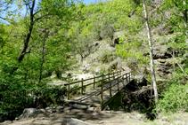 Pont sobre el riu de Caregue.