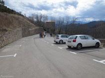 Gran aparcament a Castellar de n´Hug.