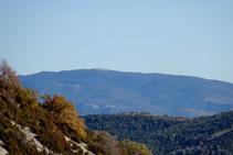 Vistes del Boumort, amb el Cap del Boumort, la seva cota més alta.