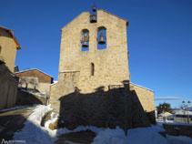 Mirada enrere cap a la bonica església de Saint Jean de Dorres.