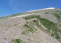 Pujant cap al Petit Mont Valier.