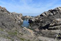 El Rec de Francarlos desembocant al mar.