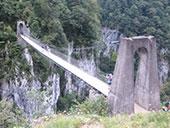 La passarel·la d´Holzarté i les gorges d´Olhadubi