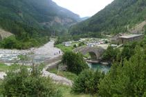 Pont de Bujaruelo i refugi de Bujaruelo.