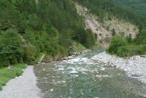 Riu Ara, aigües avall, des del pont de Bujaruelo.