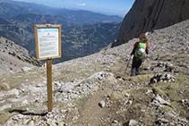 Començant a baixar per la tartera del Pedraforca, coneguda també coma a tartera de Saldes.