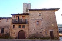 Carrers de la vila de Santa Pau.