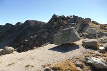 Blocs de granit a la cota 2.721m.