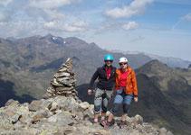 Pic de Cataperdís (2.806m) amb vistes direcció NO al massís de la Pica d´Estats.