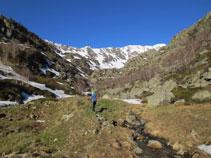 Pujant per la vall de Siscar.