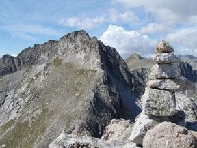 Pic de Peguera (2.983m) i pic de Monestero (2.877m)